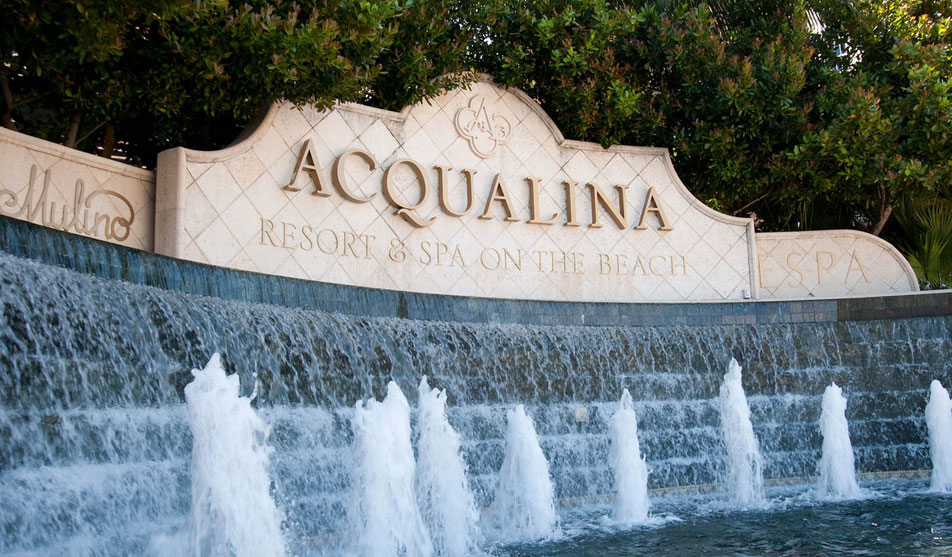 acqualina-resort-spa-entrance
