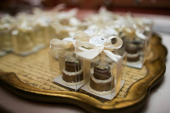 mini cake favors