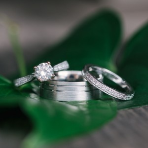 MiaDonna wedding ring for a Tampa bay bride